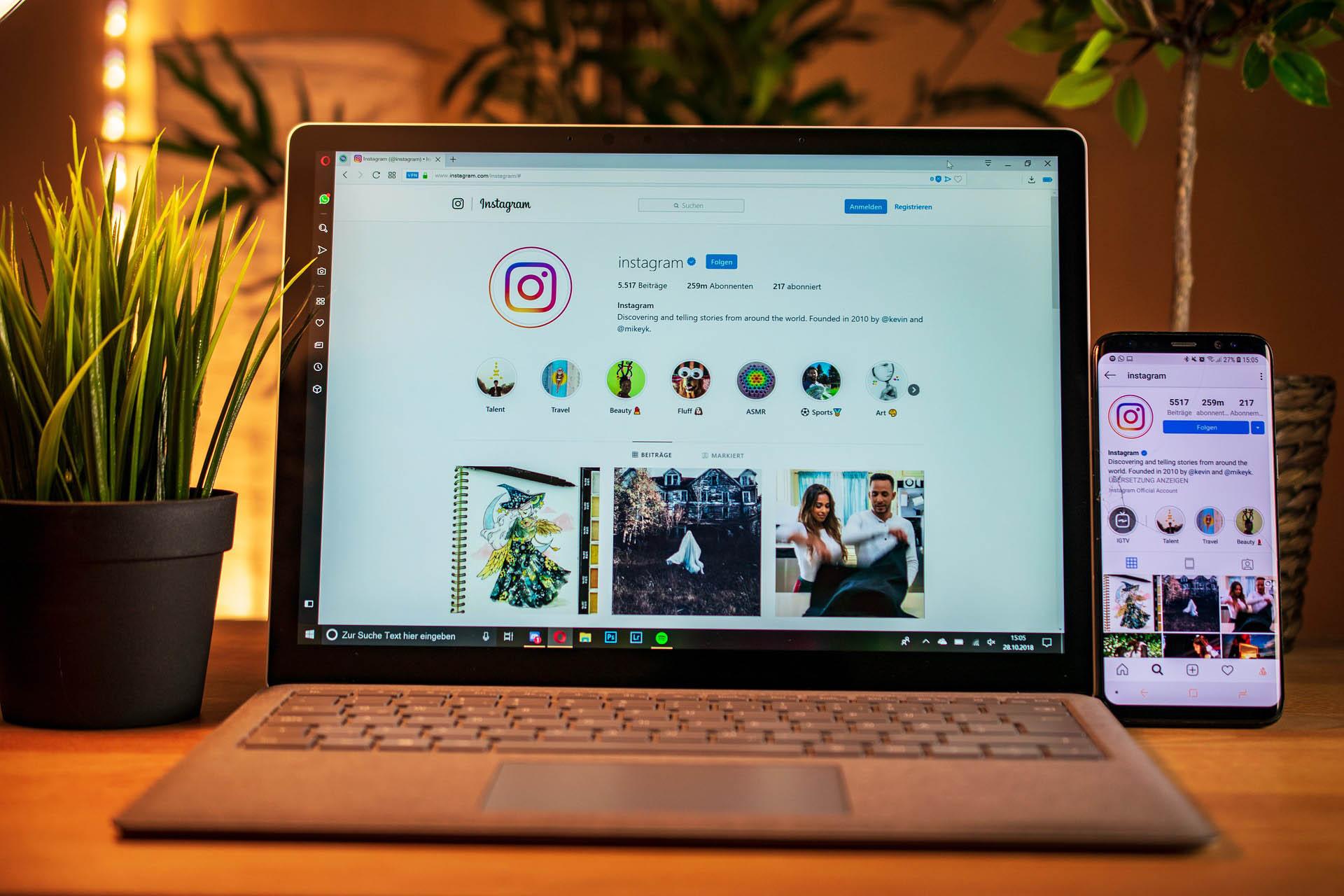 cómo trabajar con influencers y redes sociales